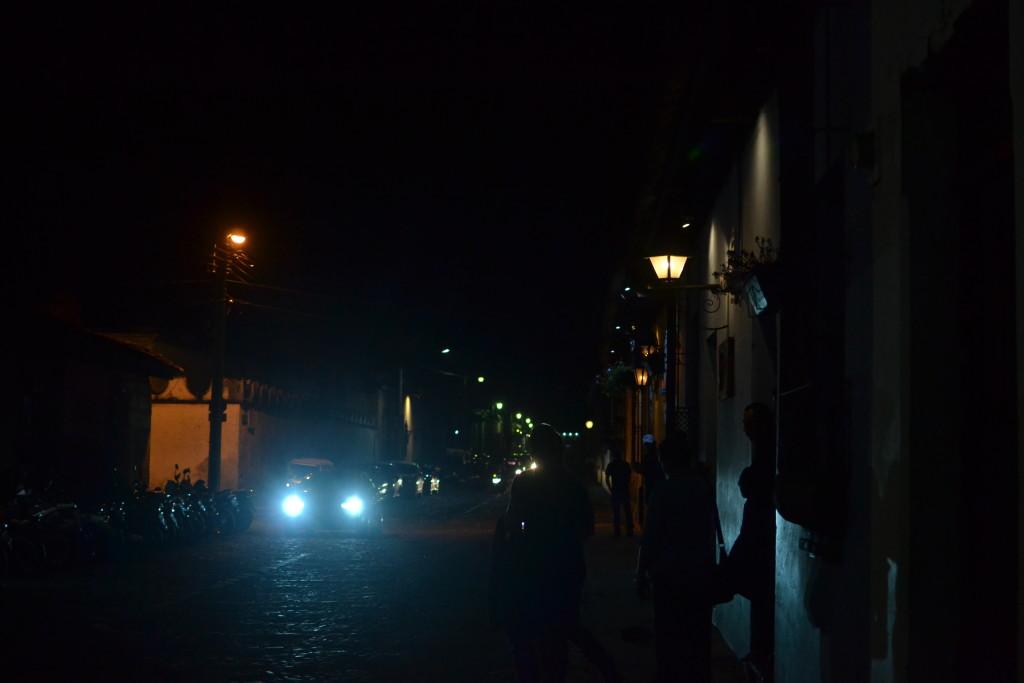 Antigua bei Nacht