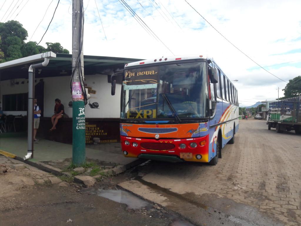 Unser Chickenbus nach El Rama