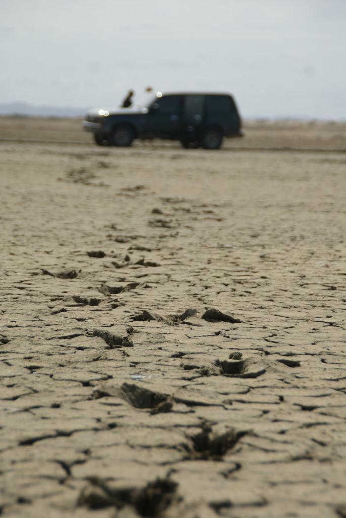 Der Boden bricht unter uns ;)