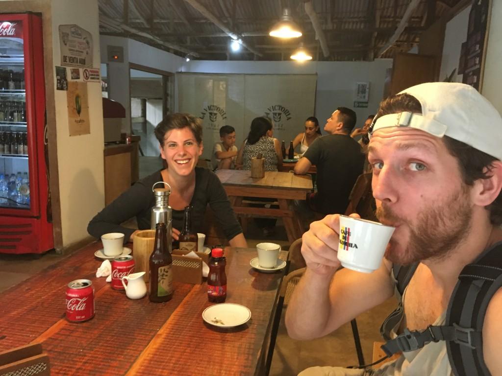Kaffeefarm, -fabrik und -verkostung